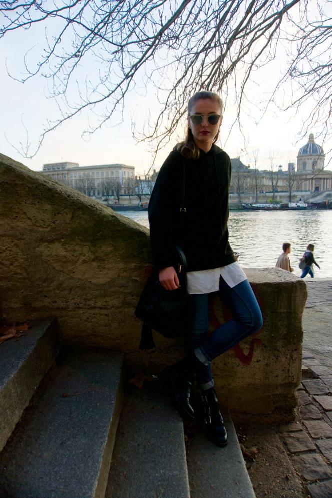 blog-mode-black-hoodie-blue-jean